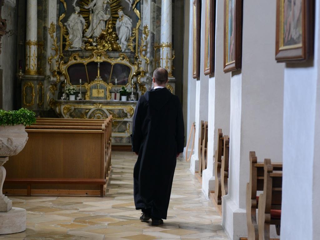 Ins Kloster Gehen Auf Zeit